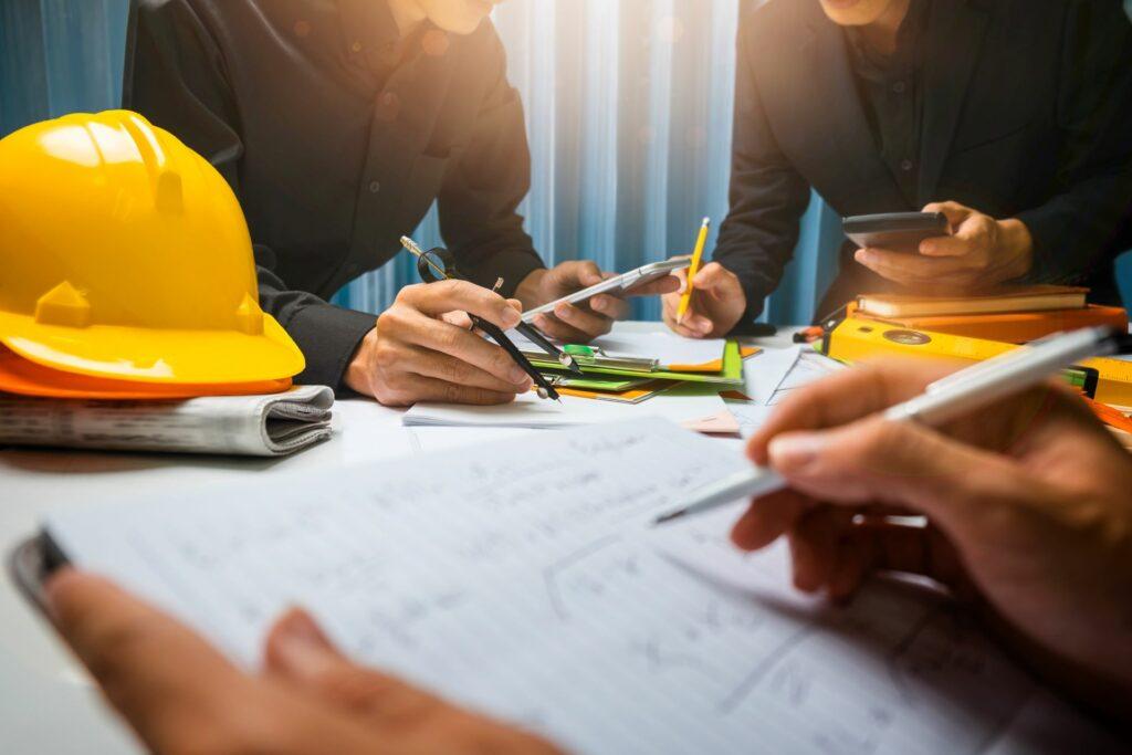 Stavební firma schvaluje projektově